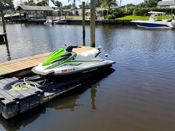 Photo 2018 Yamaha VX ct 1050 Waverunner - $7,000 (Jacksonville)