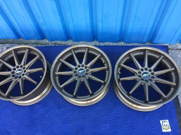 Photo 3-Pieces D.P.Series Wheels-(glass bronze size 10x112114.3)--Set For - $250 (Southside, Jacksonville, Fl)