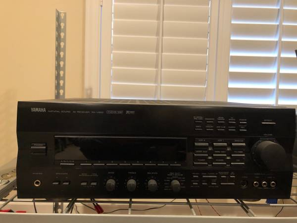 Photo 400 watts Yamaha RX-V992 - $150 (Jacksonville)