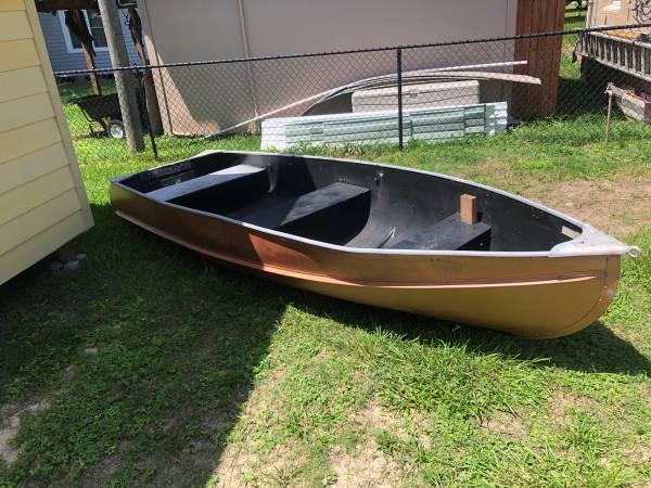 Photo Duracraft 14 ft V-Hull aluminum jon boat - $750 (Jesup)