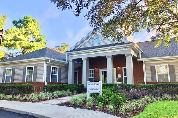 Photo Let Us Guide You Home to Eagles Pointe (104 Eagles Point Dr Brunswick, GA)