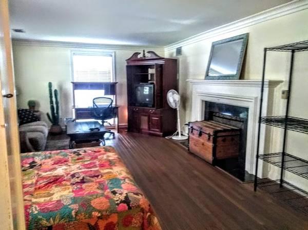 Photo Lg Furnished Room for rent near FLETC (Brunswick, Ga)