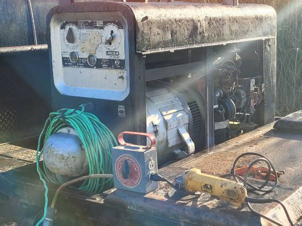 Photo Lincoln Welder and 01 Ford F-250 - $3,500 (Waycross)