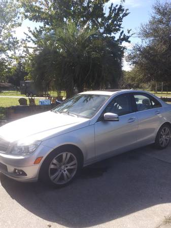 Photo MERCEDES-BENZ C-300 - $15,500 (Woodbine, GA)