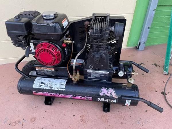 Photo Mi-T-M Gas Wheel Barrow Air Compressor WHonda Motor - $395 (West Jacksonville)