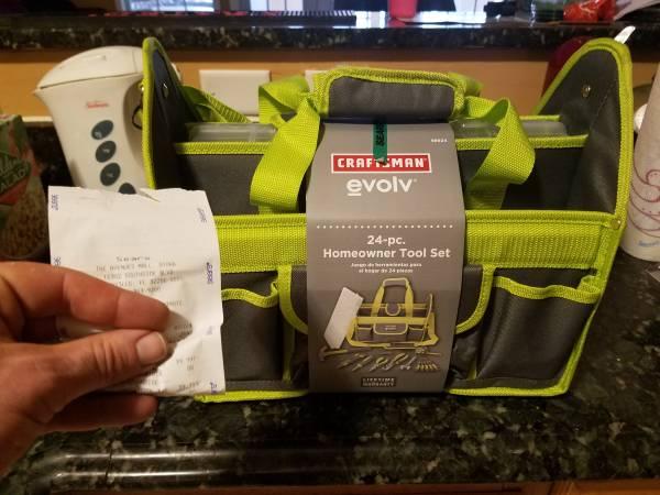 Photo New sealed Craftsman tool set paid $43 - $40 (Avenues mall Mandarin jax)