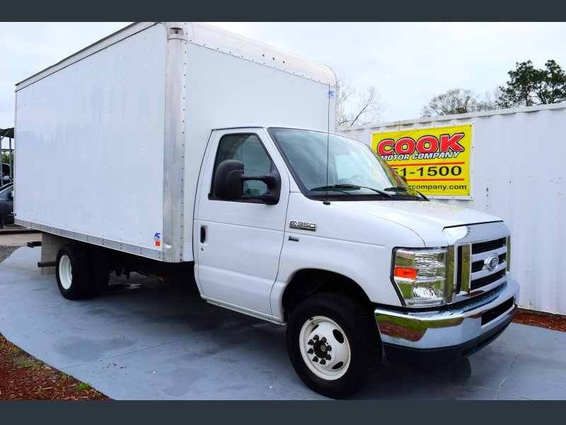 Photo Used 2014 Ford E-350 and Econoline 350 Super Duty for sale