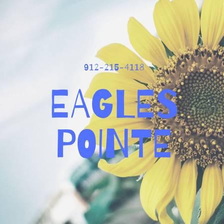 Photo Eagles Pointe has the S W E E T deals  (First floor One bedroom near Winn Dixie)