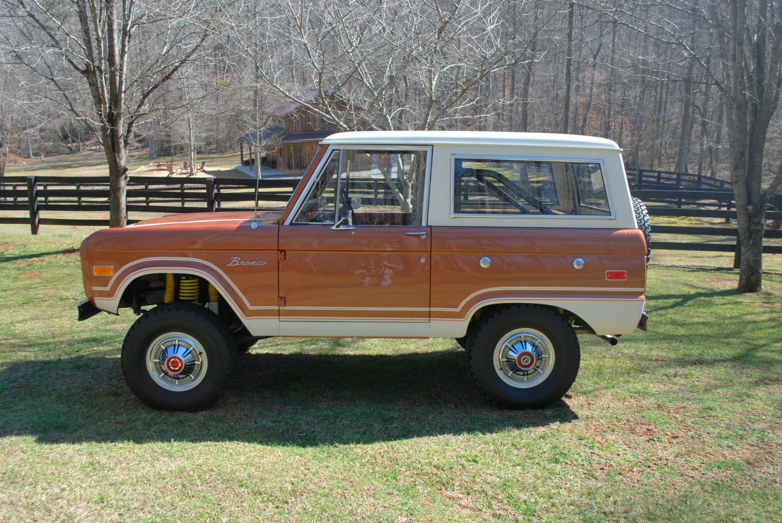 Photo 1974 Ford Bronco Ranger,83k original miles