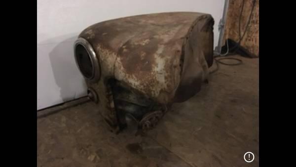 Photo 1947 - 1948 ford parts - $300 (Sanborn)