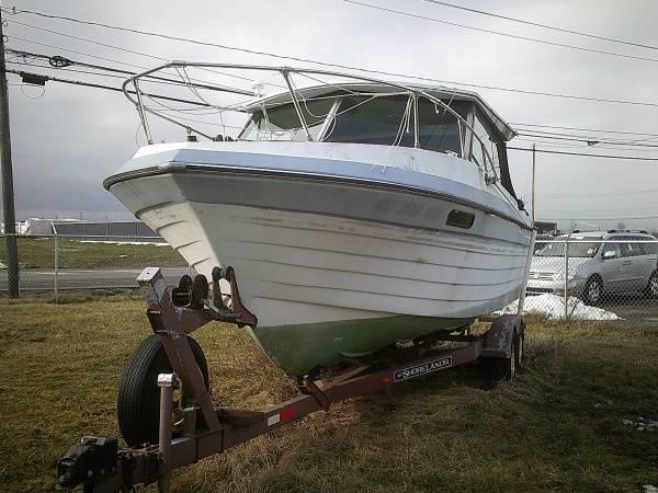 Photo 1984 Thompson 24 Big Water Fishing Boat  Trailer Project Needs Work - $3,500 (Niagara Falls, NY)