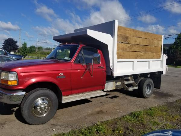 Photo 1997 Ford F350 Dump truck 38k original miles - $8850 (clarence)