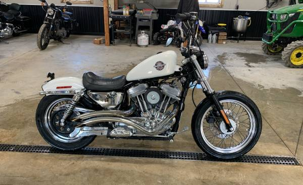 Photo 2003 sportster - $5,000 (Albion)