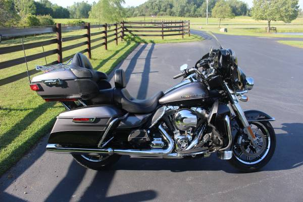 Photo 2014 Harley Ultra Limited - $13,500