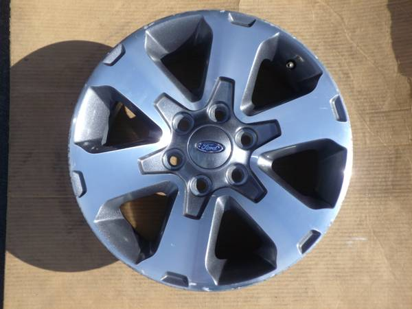 Photo 2014 ford F150 stock 18quot rims with OEM TPMS sensors - $600 (East Amherst)