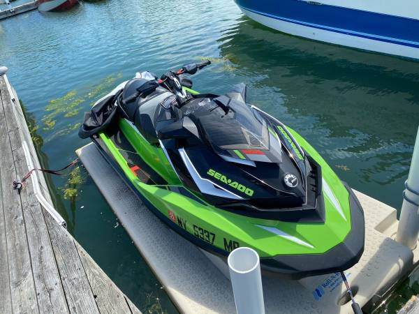 Photo 2018 Sea Doo GTR-X 230 With Cover And Trailer - $13,000