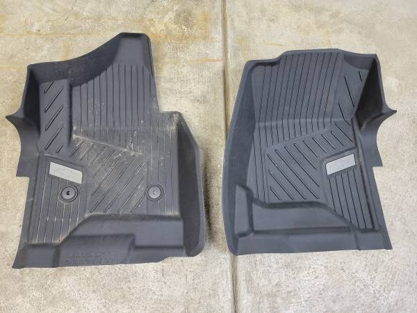 Photo 2019-2021 Chevy Silverado-GMC Sierra Floor Liners - $95 (Cheektowaga)
