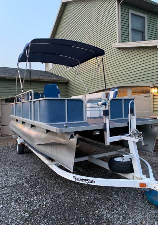 Photo 20 Sylvan Pontoon Boat Trailer Included - $7,900 (East Aurora)