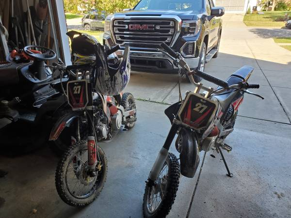Photo 2 125 Dirt Bikes For Sale - $450 (Lancaster)