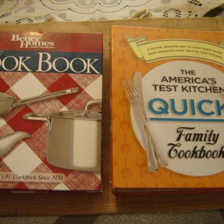 Photo 2 FAMILY COOKBOOKS Better Homes  Gardens and America39s Test Kitchen. - $15 (Niagara Falls NYship to you)