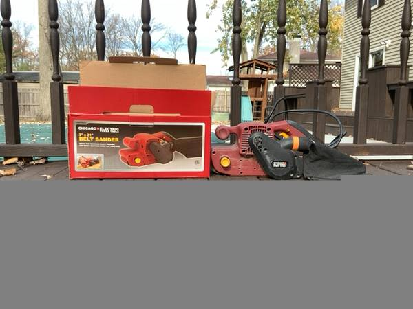 Photo 3quot x 21quot Belt Sander Chicago Electric Power - $10 (gi)