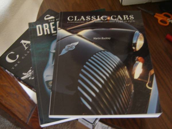 Photo CARS The Classic Collection A World of Cars in Two Great Volumes. - $15 (Niagara Falls)