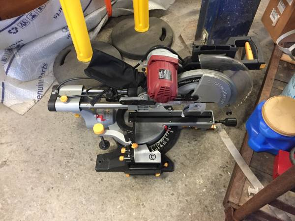 Photo Chicago Electric 12 Compound Miter Saw - $150 (Riverside)