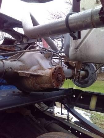 Photo Dodge Ram 2000-01 rear axle 355 - $400 (gowanda)