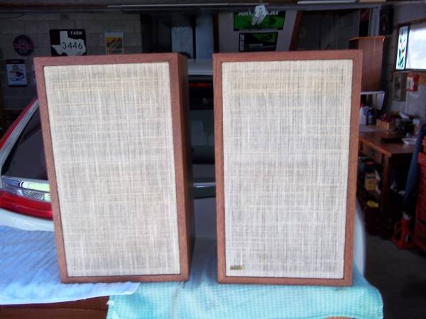 Photo Dynaco A25 Speakers - $250