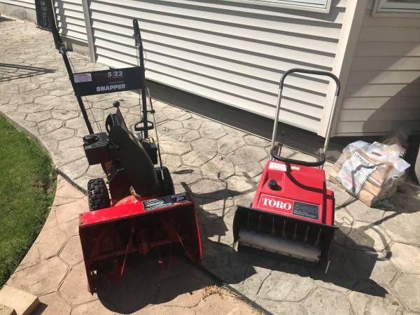 Photo FREE snow blowers -NO LONGER AVAILABLE (Lancaster)