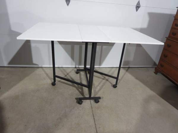 Photo Folding Multipurpose Hobby Craft Cutting Table - $75 (Grand Island)