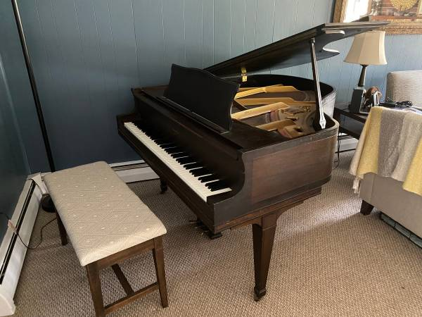 Photo George Steck Baby Grand - $600