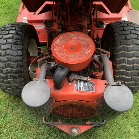Photo Gravely Tractor - $1500 (Elma)