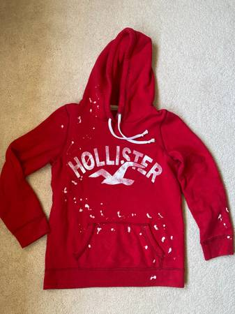 Photo Hollister hoodies (Orchard Park)