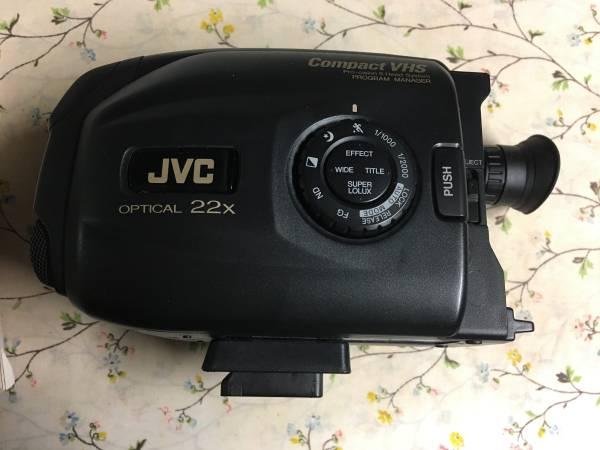 Photo JVC Compact VHS Camera - $10 (Cheektowaga)