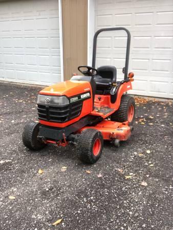 Photo Kubota bx1800 tractor, mower, snowblower - $5,200 (Boston)