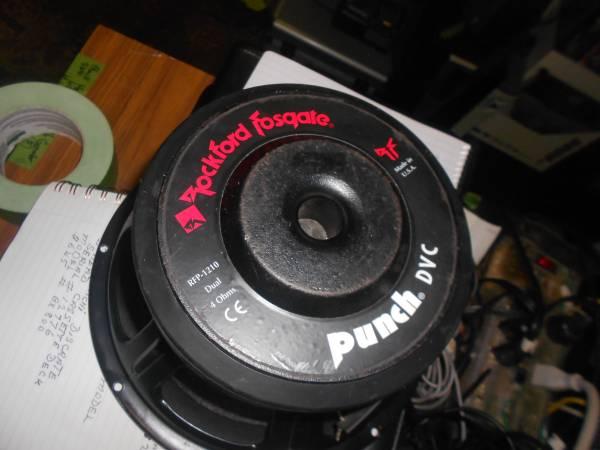 Photo Rockford Fosgate RFP-1210 Dual 4 Ohms Speaker - $75 (NIAGARA FALLS)