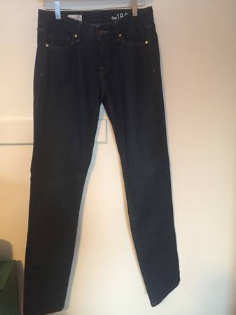 Photo Women39sTeen39s GAP 1969 Real Straight Denim Jeans - $25 (Buffalo)