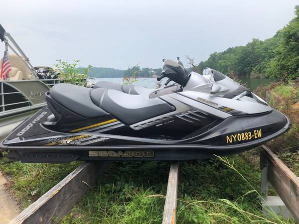 Photo $$ BUYING SeaDoo Yamaha Jet Ski projects Sea Doo jetski (NiagaraErie County)