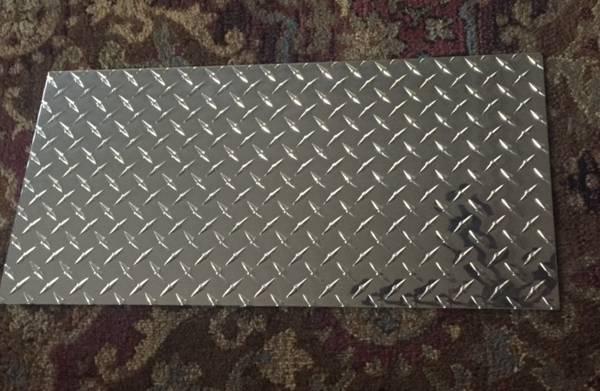 Photo diamond plate aluminum 12quot24quot (NEW).063 thick - $25 (n.tonawanda)