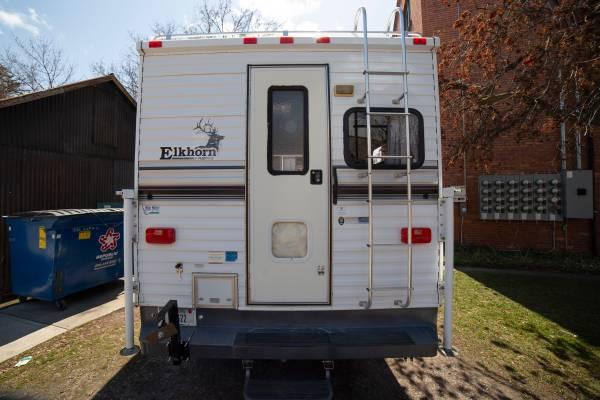 Photo 1996 Elkhorn by Fleetwood Truck Cer - $7,950 (Missoula)