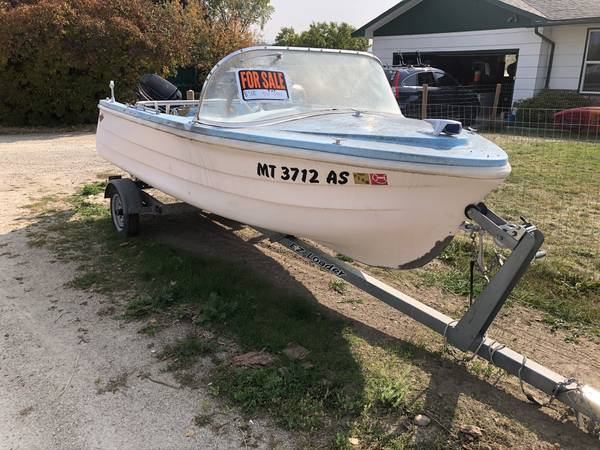 Photo Boat and trailer for sale - $750 (Hamilton)