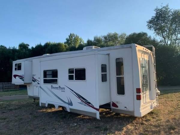 Photo CROSSROADS RV FOR SALE - $13,000 (Pocatello)