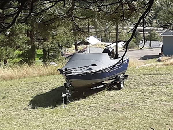 Photo Crestliner Boat - $22,000 (WOLF CREEK)