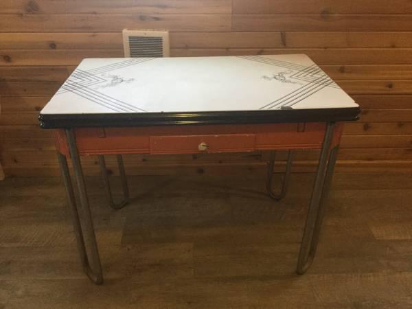 Photo Cute Shabby Chic vintage kitchen table - $50 (Philipsburg)