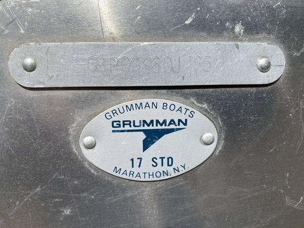 Photo Grumman 1739 Aluminum Canoe - $700 (Kalispell)