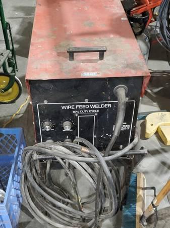 Photo Lincoln welder - $500 (dillon)