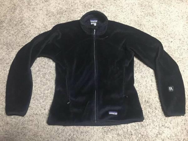 Photo Patagonia R4 Regulator Plush Deep Fleece Black Full Zip Jacket Women M - $60 (Missoula)