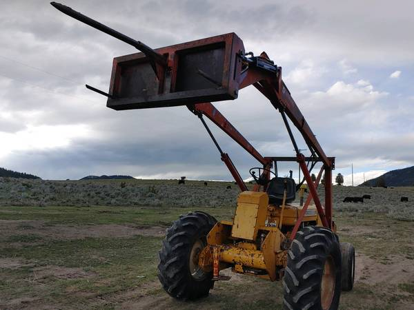 Photo ALLIS-CHALMERS I-600 tractor  HAY MOVER, BEAST  - $5,000 (BUTTE)