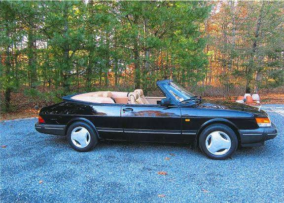 Photo 1988 Saab 900 Convertible - $12000 (Osterville)